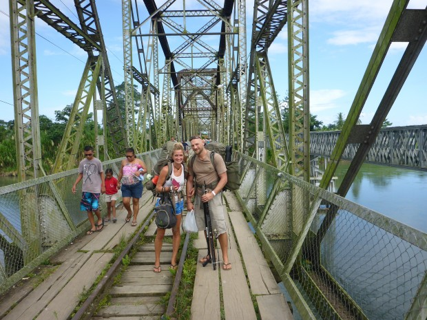Grenzübergang Panama -Costa Rica zu Fuß