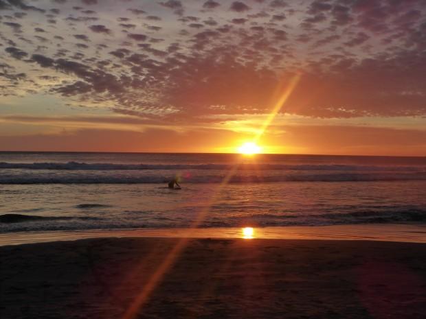 Sunset-surfing