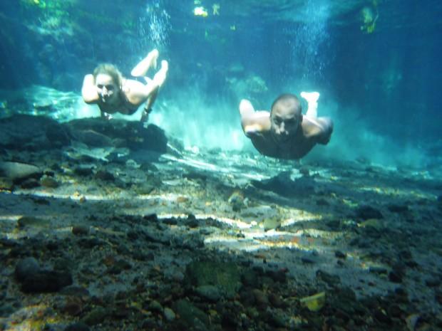 Super klares Wasser in den Ojo de Aguas