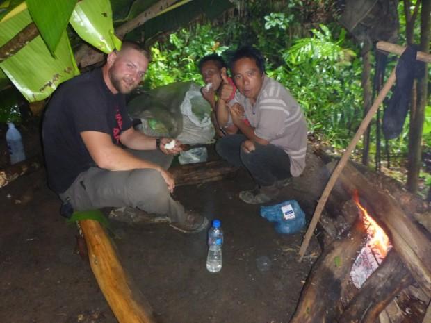 Unsere Bananenblätter-Unterkunft für die Nacht.